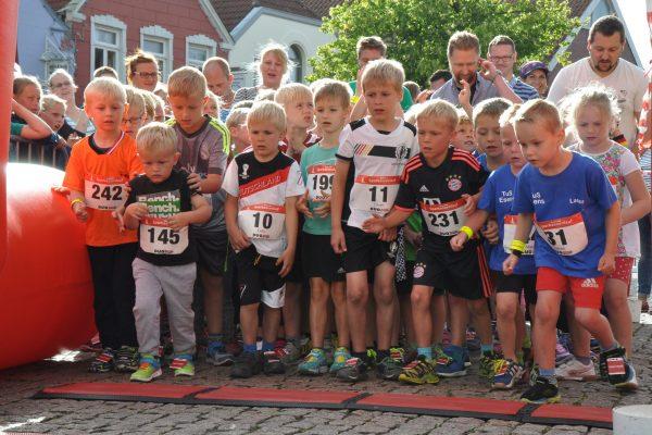 Ergebnisse – 8. Sparkassenlauf, 25. Stadtlauf – Rund um St.Magnus