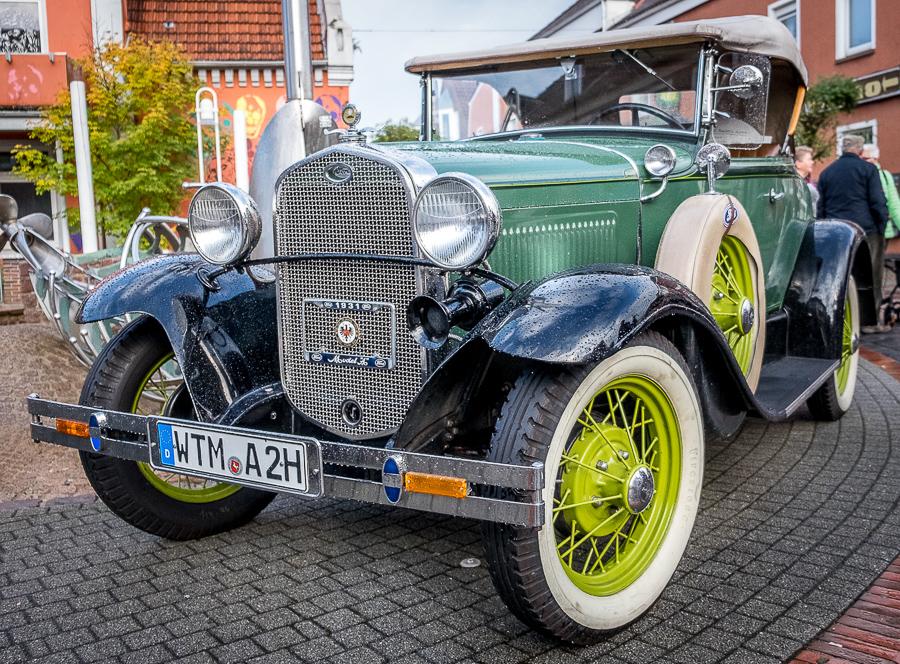 17. Oldtimer-und Traktoren- Treffen & Neuwagenschau - 7. Okt. 2018